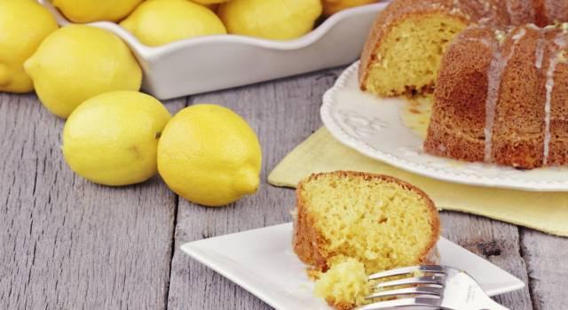 Una ciambella al limone degna della Regina, perfetta per l'ora del té!