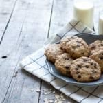 Golosi biscotti con gocce di cioccolato: da sgranocchiare uno dopo l'altro!