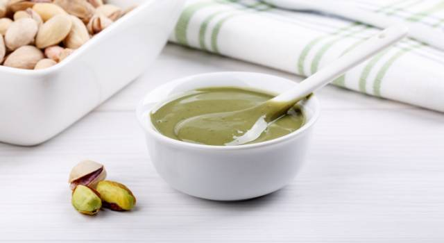 Crema spalmabile al pistacchio: una volta provata non potrete più farne a meno!