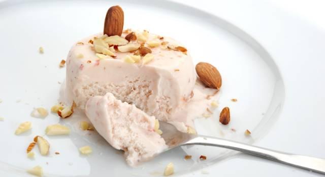 Semifreddo alle mandorle: la ricetta classica e quella col Bimby!