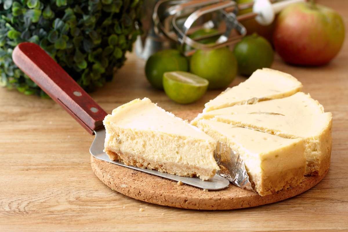 Torta formaggio e latte condensato al forno