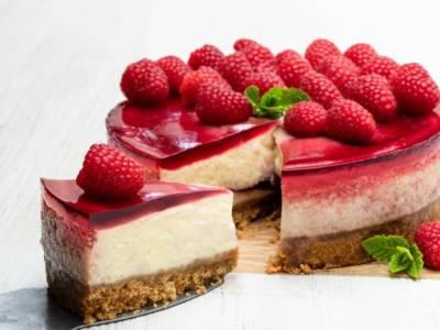 Cheesecake ai lamponi e ricotta: semplicemente irresistibile!