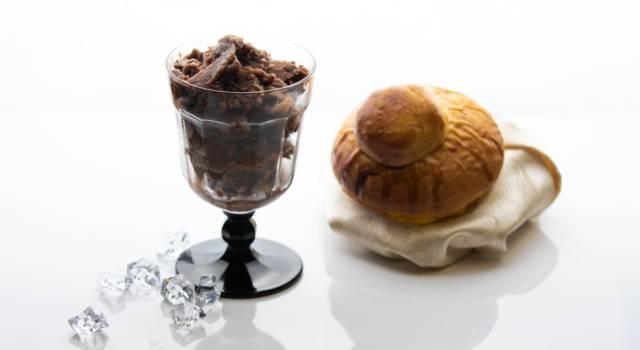 Fresca e da mangiare a cucchiaiate: ecco come si prepara una buonissima granita al caffè!