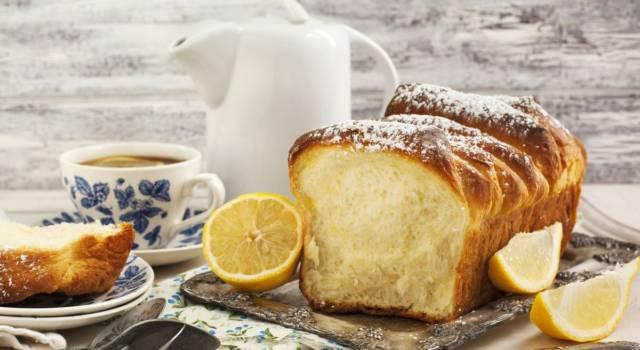 Plumcake al limone sofficissimo: la ricetta classica e quella col Bimby!
