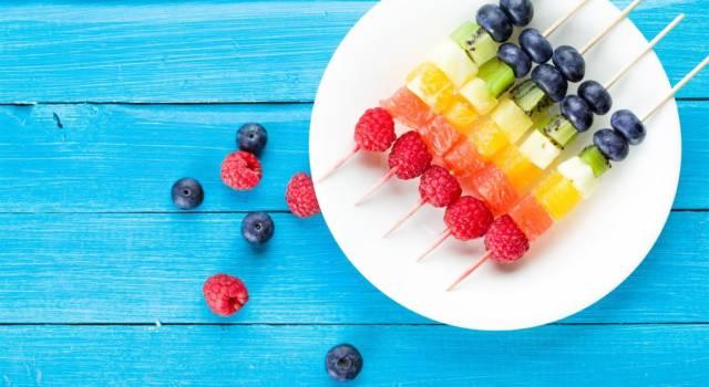Spiedini di frutta fresca: un ottima idea per servire la frutta!
