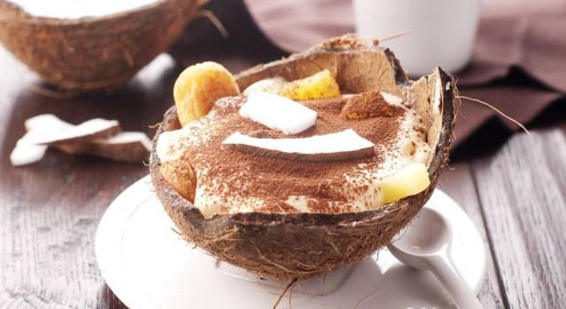 Tiramisù al cocco: la versione esotica del dolce italiano più amato al mondo