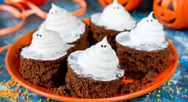 È in arrivo la festa più mostruosa dell'anno: prepariamo i brownies di Halloween!