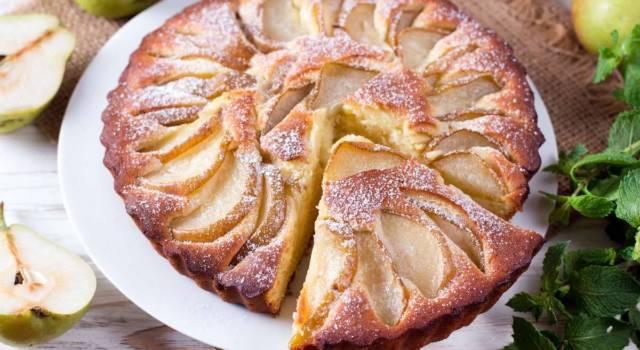 Soffice, facile da fare e buonissima: è la torta con le pere!