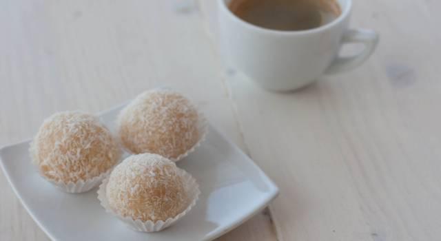Avete mai assaggiato i beijinho? Ecco la ricetta dei dolcetti brasiliani!