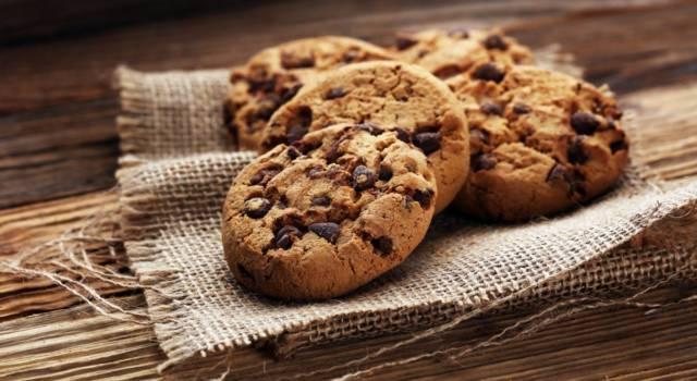 Cookies con gocce di cioccolato: perfetti per la colazione o la merenda!