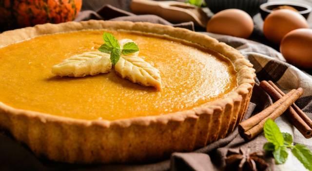 Buonissima e perfetta per l'autunno: oggi prepariamo la pumpkin pie!