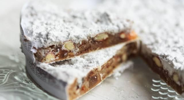 Prepariamo il panforte di Siena: un dolce semplicemente strepitoso!