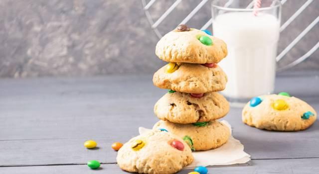 Biscotti con smarties: coloratissimi dolcetti per grandi e piccini!