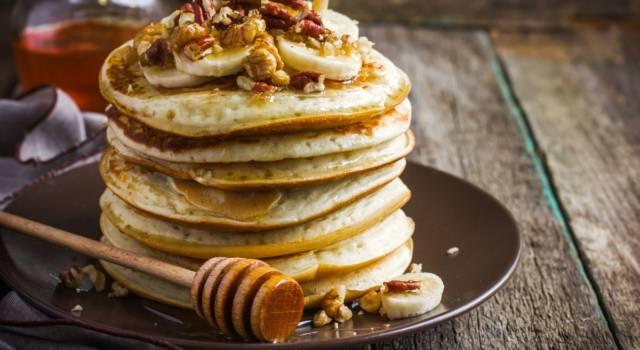 Avete mai provato i pancake senza glutine? Ecco la ricetta che vi stupirà!