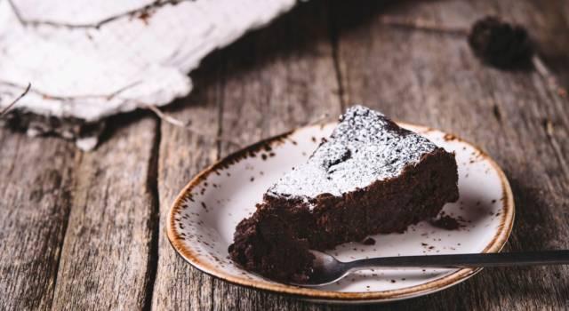 La torta di pane è una dolce ricetta di recupero: ne resterete estasiati!