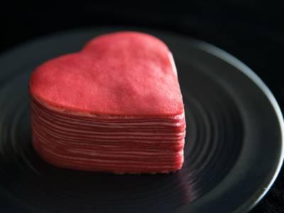 Le crepes a forma di cuore sono semplicemente deliziose: ecco come farle!