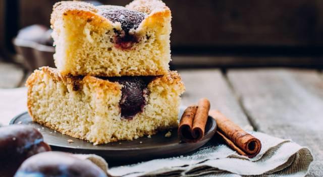 Buona e facile da fare: è la torta 5 minuti alla marmellata