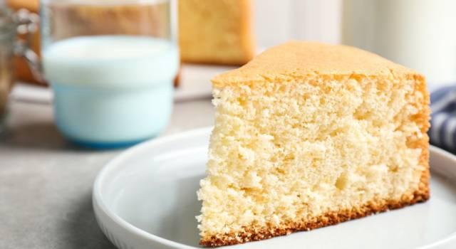 Senza uova, latte e burro: pronta per voi, ecco la ricetta della torta all'acqua!