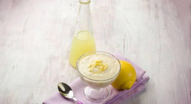 Avete mai assaggiato la crema pasticcera al limoncello? Ecco come si prepara