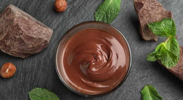 Crema pasticcera alla Nutella: non potrete più farne a meno