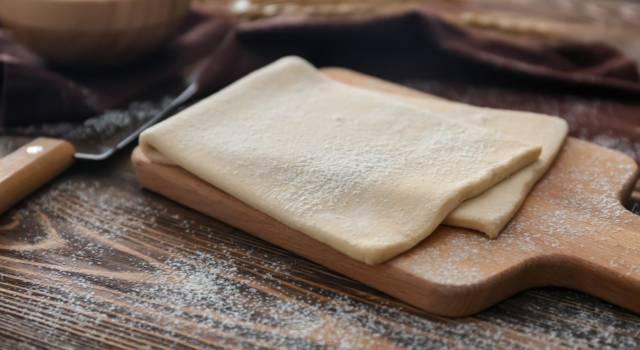 Pasta sfoglia: una ricetta base per chi ama preparare impasti di ogni tipo