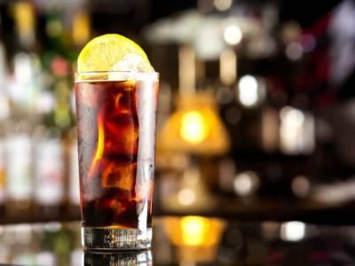 Long Island Ice Tea: la ricetta di uno dei drink più alcolici in assoluto!