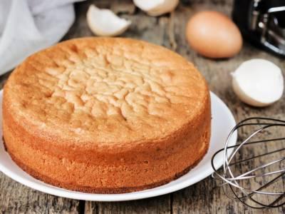 Come preparare la torta 12 cucchiai? La ricetta facile e veloce senza bilancia