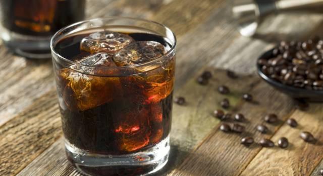 Black Russian: un cocktail semplice, ma dal gusto esplosivo!