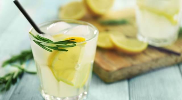 Gin Fizz, il cocktail al limone che non passa mai di moda!