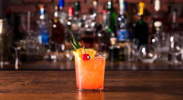 Come si prepara il Mai Tai? La ricetta originale del cocktail estivo ai due rum!