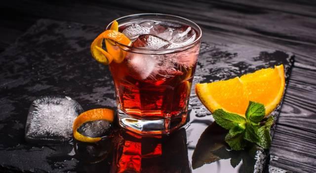 Come si prepara il cocktail Americano? La ricetta del drink preferito da James Bond!