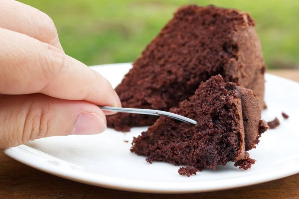torta in bottiglia al cacao