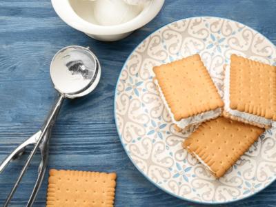 Mai assaggiato un biscotto gelato fatto in casa? Prepariamolo insieme!