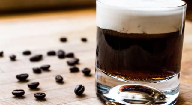 Un cocktail o un dessert? La ricetta del White Russian, il drink con la panna!