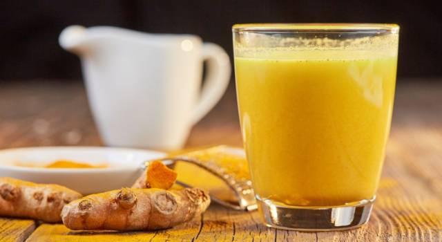 Golden milk: una bevanda più benefica di questa non c'è! Scommettiamo?