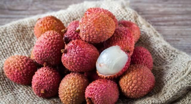 Come mangiare il litchi, un frutto che arriva da lontano