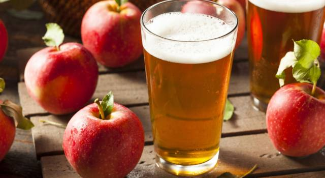 Come si prepara il sidro di mele? La ricetta semplice della bevanda intramontabile