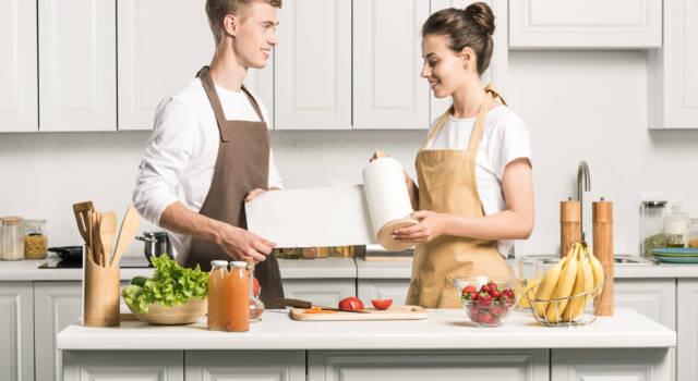 Carta da cucina: usi e trucchi per utilizzarla al meglio