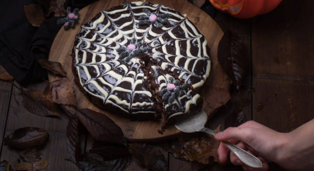 Crostata di Halloween: più buona o più terrificante?