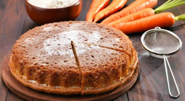 Torta di carote e mandorle, un dolce che profuma di casa!