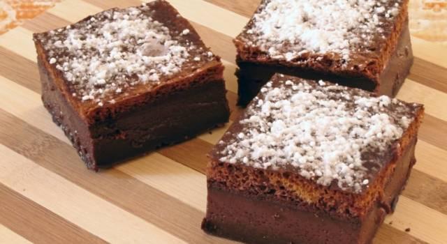 Torta magica al cacao, un dolce dalla consistenza inconfondibile!