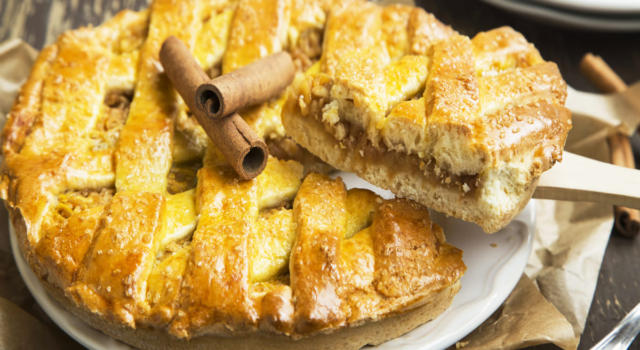 Cosa ne dite di una fetta di torta cuor di mela? Prepariamola insieme!