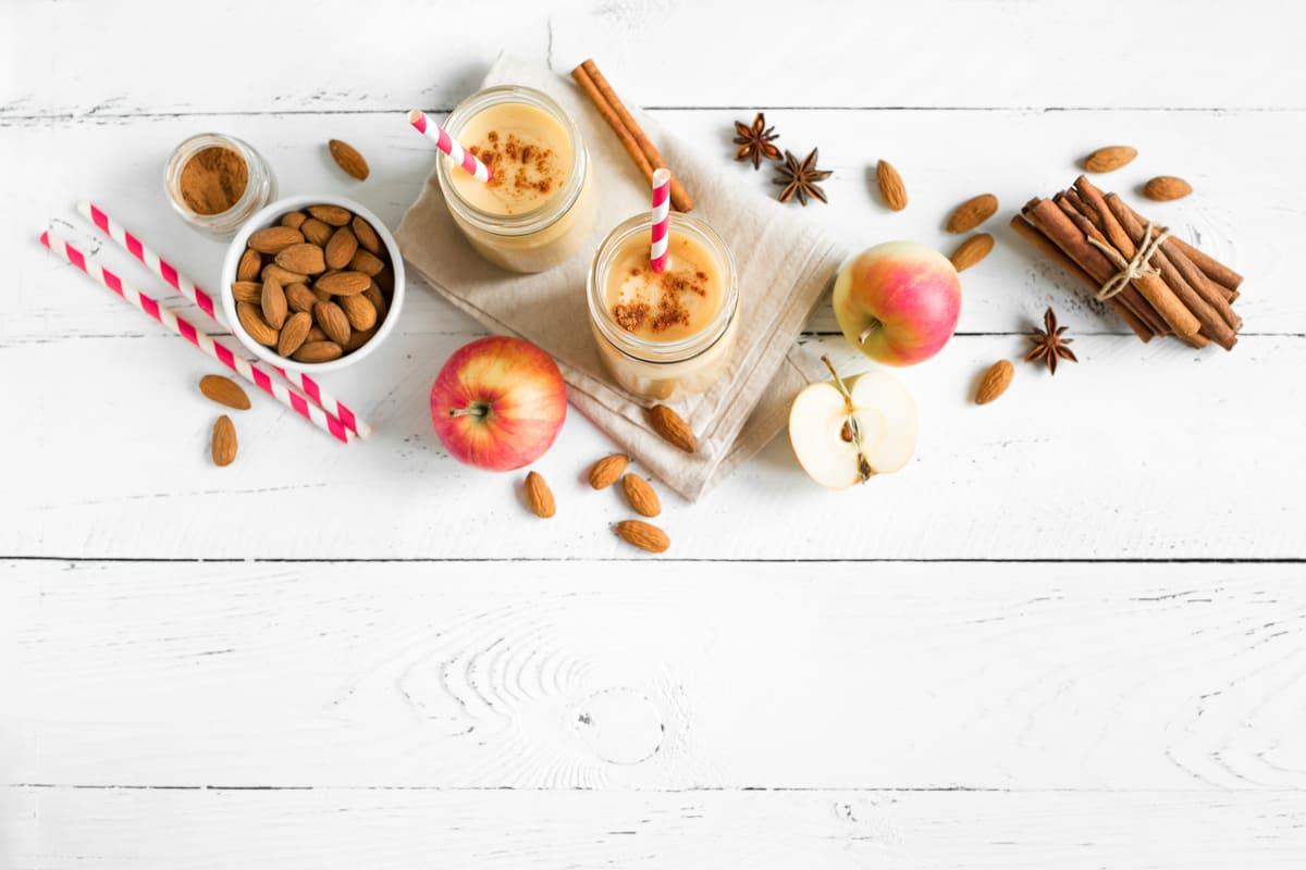 smoothie mele e mandorle