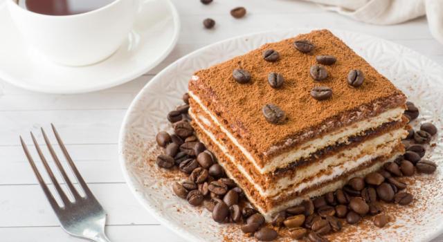 Tiramisù di biscotti: il dolce perfetto per coccolare tutta la famiglia