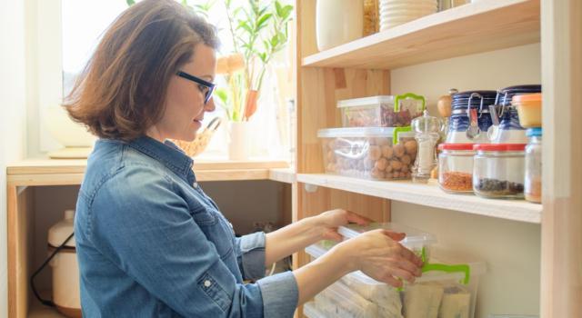 Ordinare la cucina: gli accorgimenti da non tralasciare mai