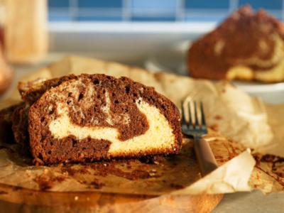 Soffice, golosa e incantevole: è la torta bicolore