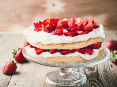 Torta panna e fragole: irresistibile!