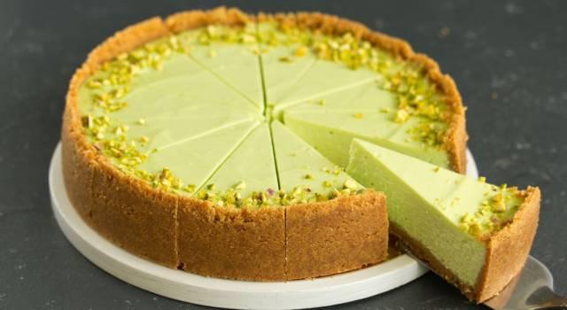Cheesecake alla crema di pistacchio: buona, veloce e senza cottura