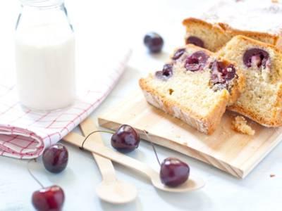 Plumcake alle ciliegie: un dolce semplice e adatto a ogni occasione