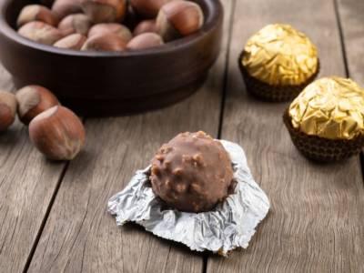 Ferrero Rocher: come fare in casa i famosissimi cioccolatini alle nocciole